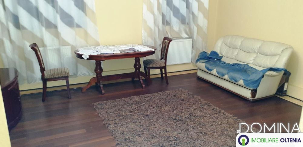 Vânzare casă în Târgu Jiu strada Energeticienilor
