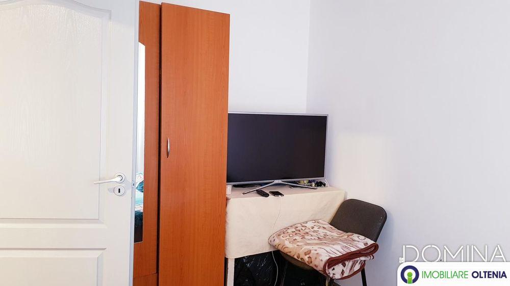 Vânzare apartament 2 camere în Târgu Jiu, strada Gheorghe Bărboi
