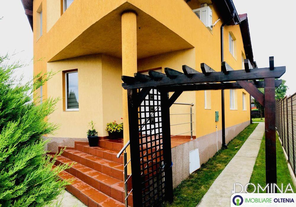 Vânzare vilă situată în Târgu Jiu, strada Șișești