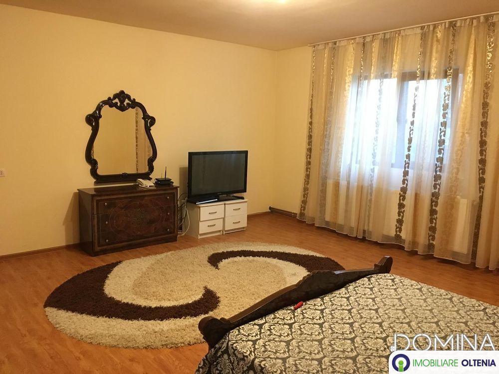 Închiriere casă  3 camere în Târgu Jiu, strada Prelungirea Panduri
