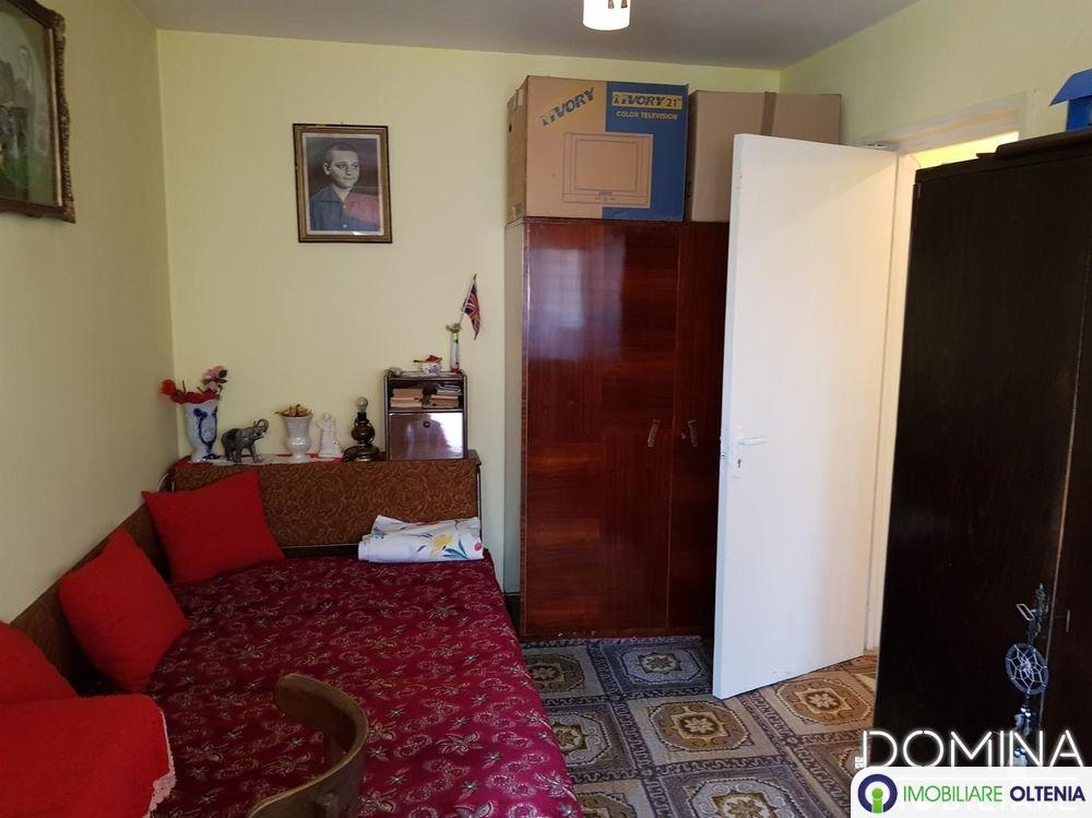 Vânzare apartament 2 camere în Târgu Jiu, Aleea Energeticienilor