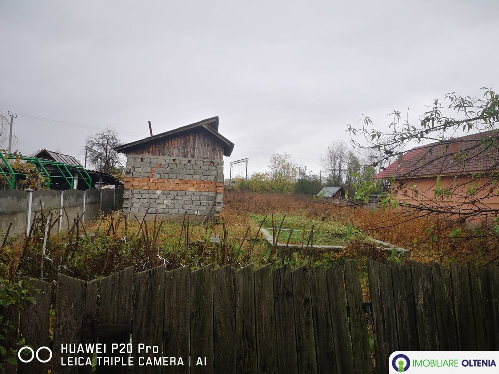 Casa+teren